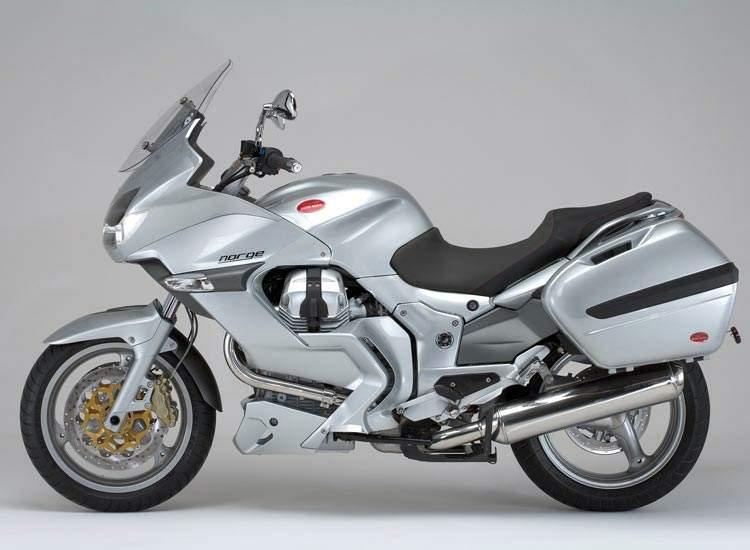 The Triumph 1200 Motor Bike Explorer Review